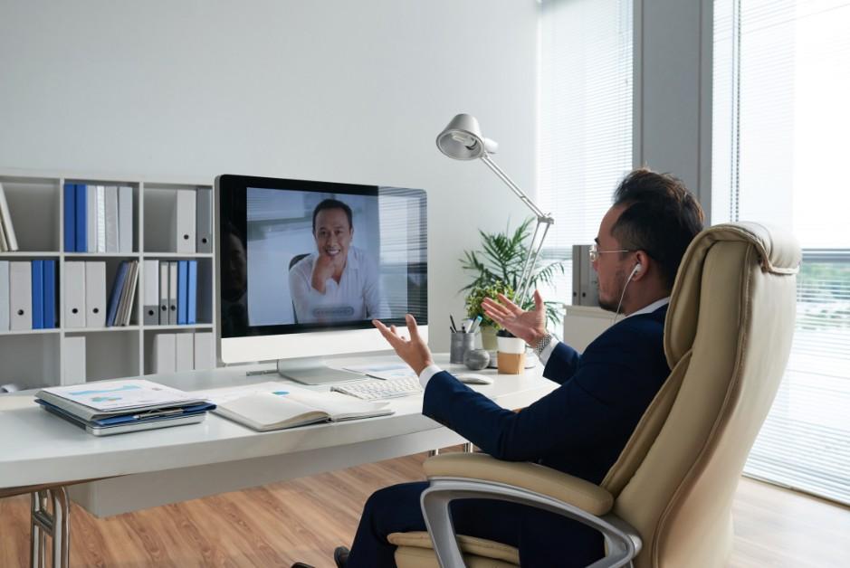 Hosting Video Call